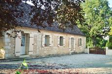 Maison Perigourdine du XIX siecle avec etang prive pour la peche , dans un ecrin de verdure